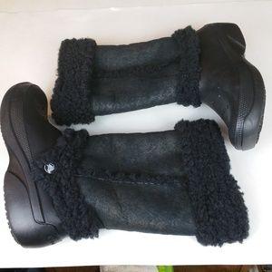 Women's CROCS Nadia Black Faux Shearling Boots 8